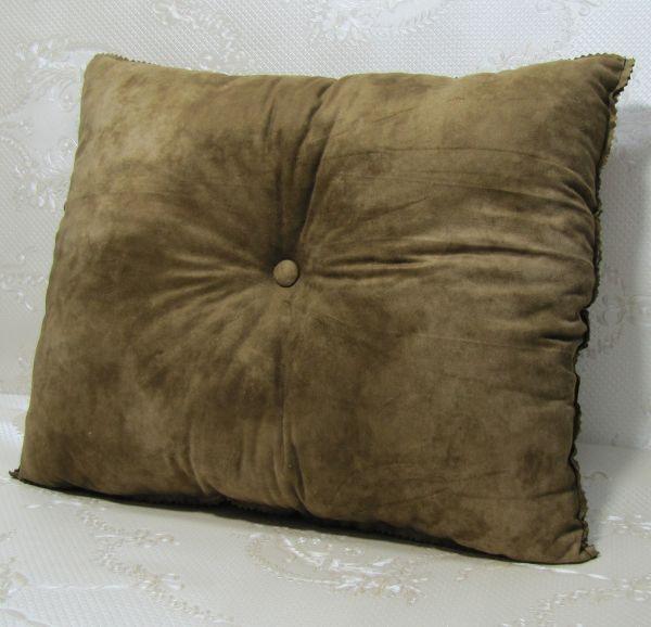Подушка для интерьера, декора и отдыха М-007