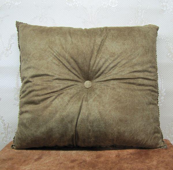 Подушка для интерьера, декора и отдыха М-024
