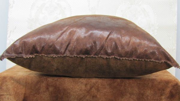 Подушки для интерьера, декора и отдыха М-026