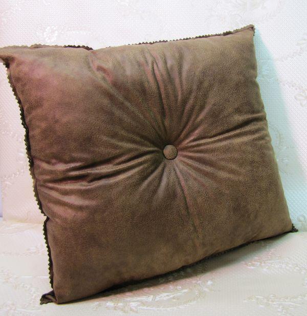 Подушка для интерьера, декора и отдыха М-032