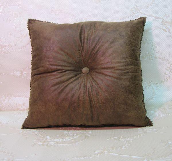Подушка для интерьера, декора и отдыха М-036