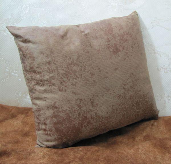 Подушка для интерьера, декора и отдыха М-040
