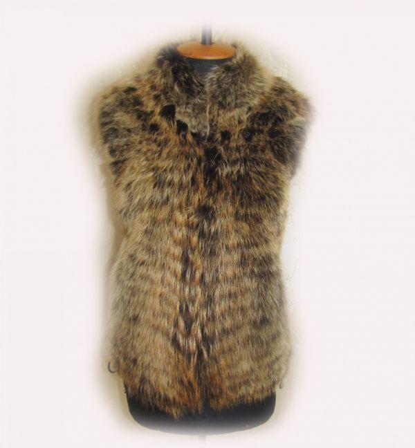 Женская жилетка из натурального меха Койота