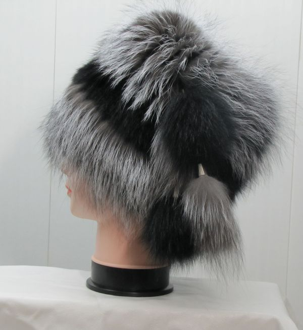 Меховая Женская Шапка из Чернобурой Лисы М-001-Ч